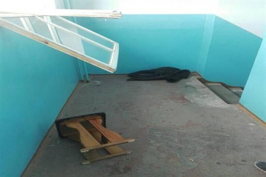 Встолице Башкирии рабочий ЖЭУ скончался после падения скрыши дома